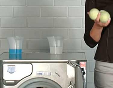 Как-правильно-стирать-подушку-в-стиральной-машине2